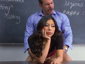 Asian beauty got bored by pussy fucking in class
