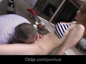 Teen slut Beata Undine enjoys cunnilingus and fucks with old man