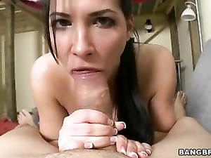 Big boobed chick Rebeca Linares deepthroats huge cock